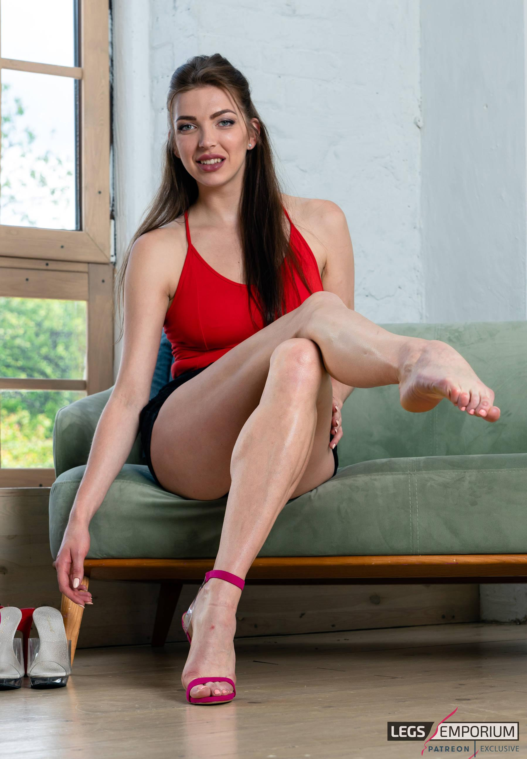 Sexy legs and feet porn